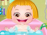Малятко Хейзел у ванній