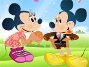 Одягни Міккі і Міні