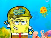 Боб ловить маленьких медуз