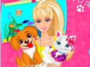Барбі доглядає за тваринами